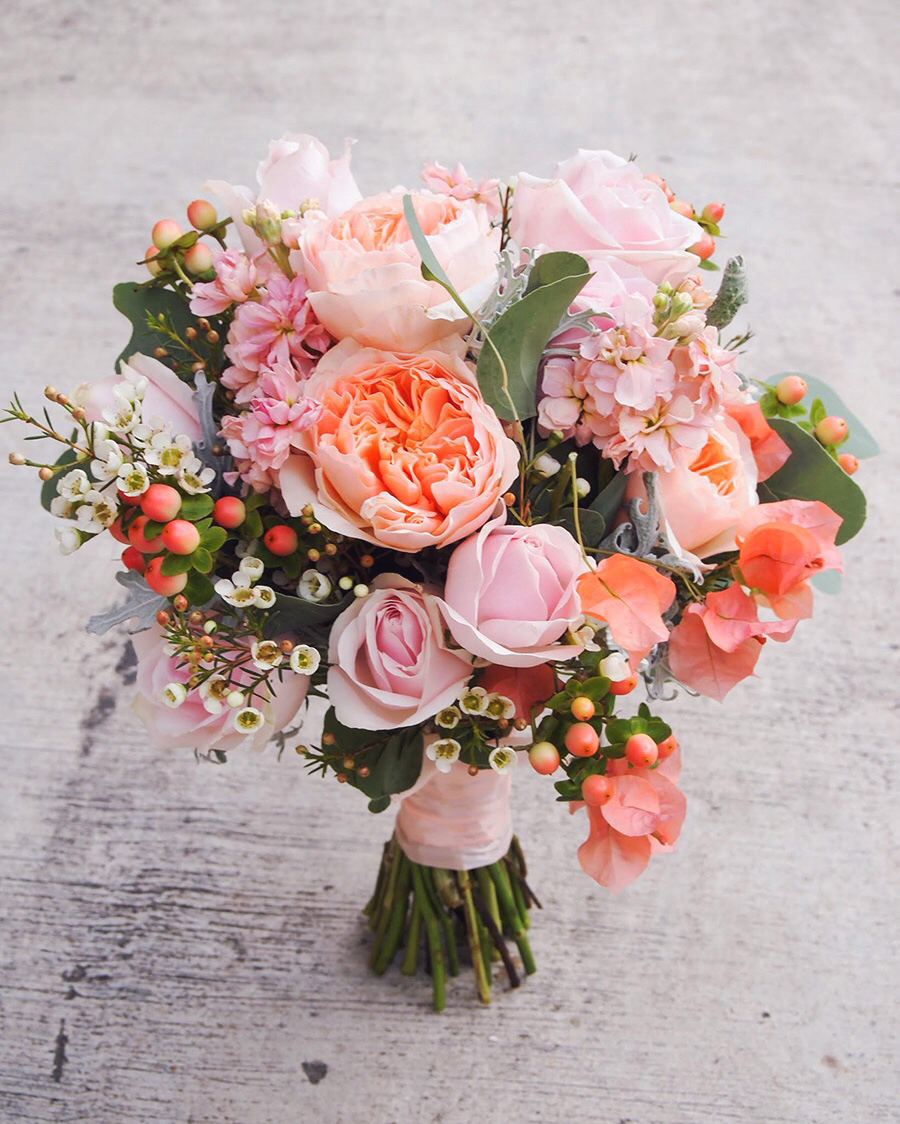 Flower Wedding Bouquet: The Wedding Scoop