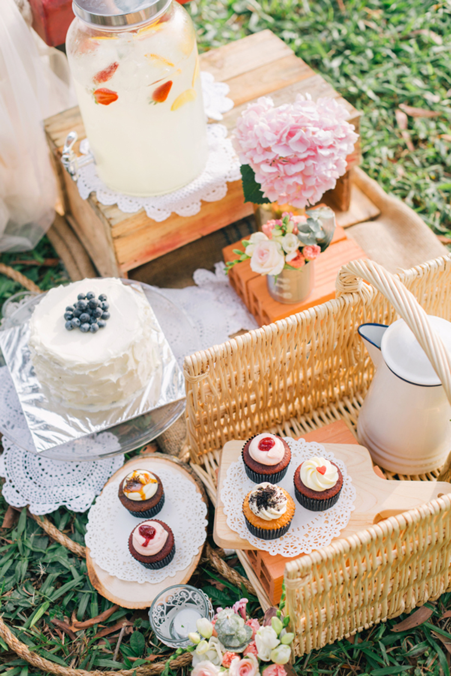 blocmemoire_rustic_picnic_styled_shoot_22.jpg